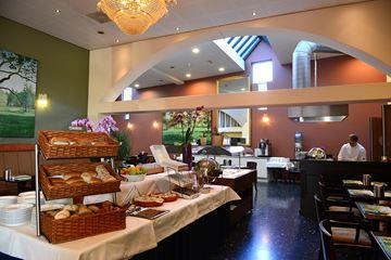 Hotel L' Empereur ontbijt