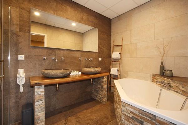 Badkamer wijnvat