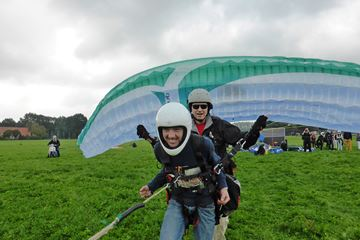 Paragliden met instructeur
