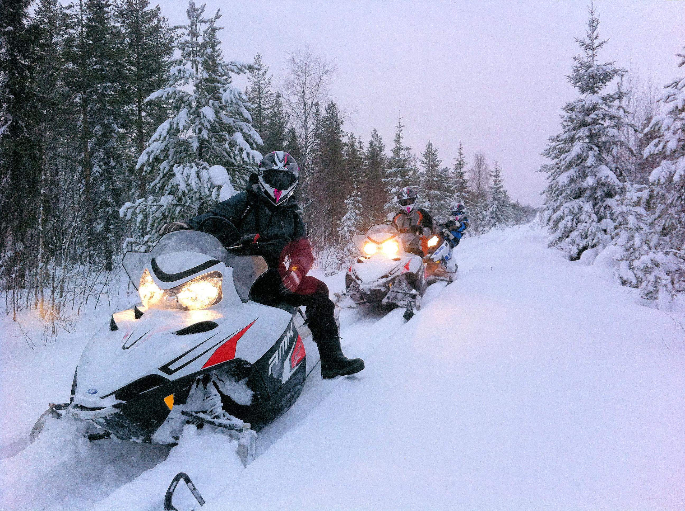 Sneeuwscooteren in Zweden!