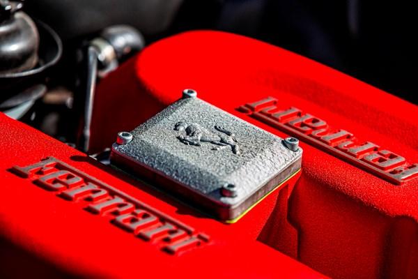 Ferrari modena 360 motor