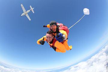 Parachutespringen Texel