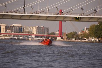 Racen over de Maas
