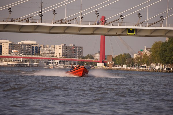 Racen over de Maas