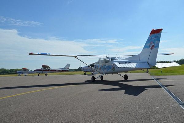 Vliegtuig klaar voor vertrek