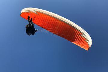 Paragliding tandenvlucht