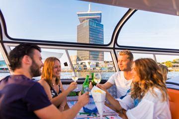 Bier cruise door amsterdam