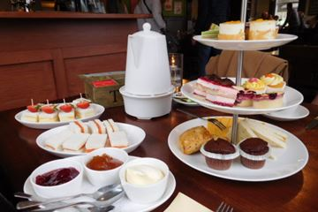 High-tea Restaurant de Rietstulp