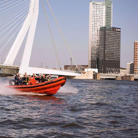 Ribboat varen Rotterdam