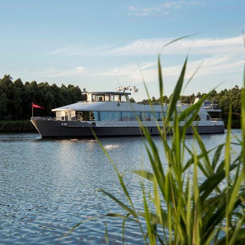 Rondvaart door de Biesbosch met high-tea