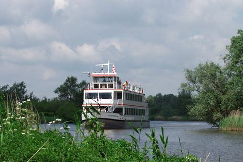 Rondvaart door de Biesbosch