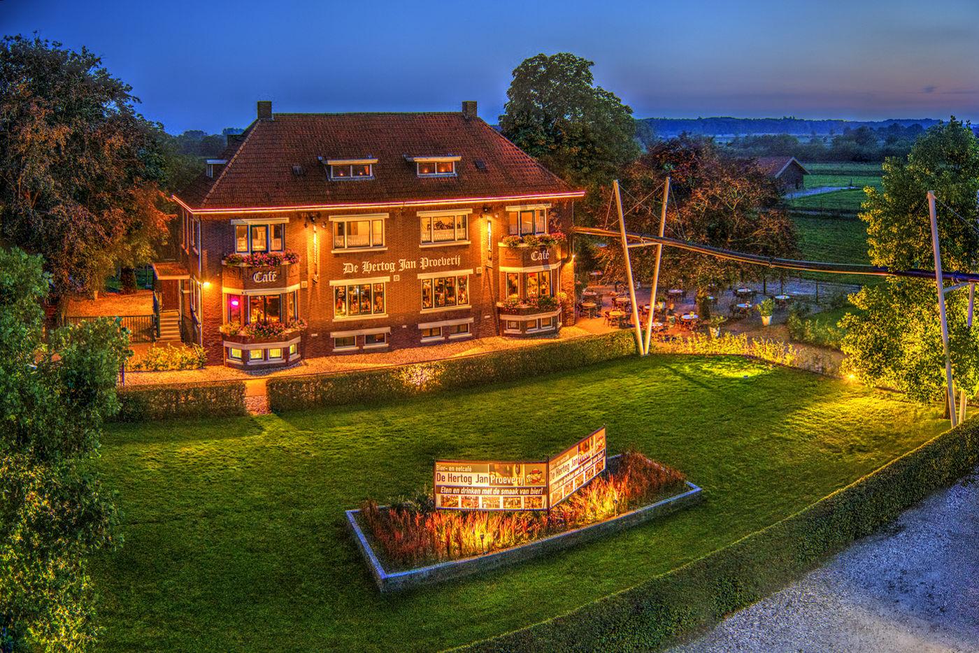 Dineren bij de Hertog Jan Brouwerij!