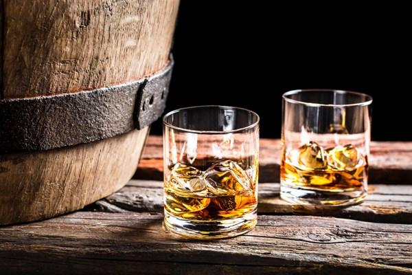 Whisky maken for Cadeau eigen huis