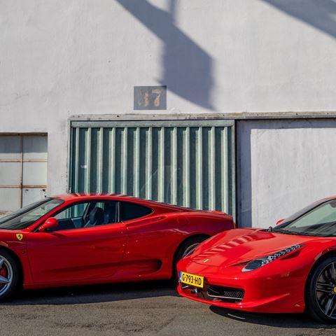 Rij zelf in 2 Ferrari's