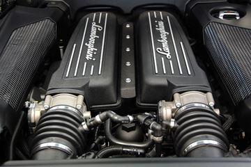 5.2 V10 motor