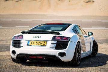 Audi R8 wit met zwarte details