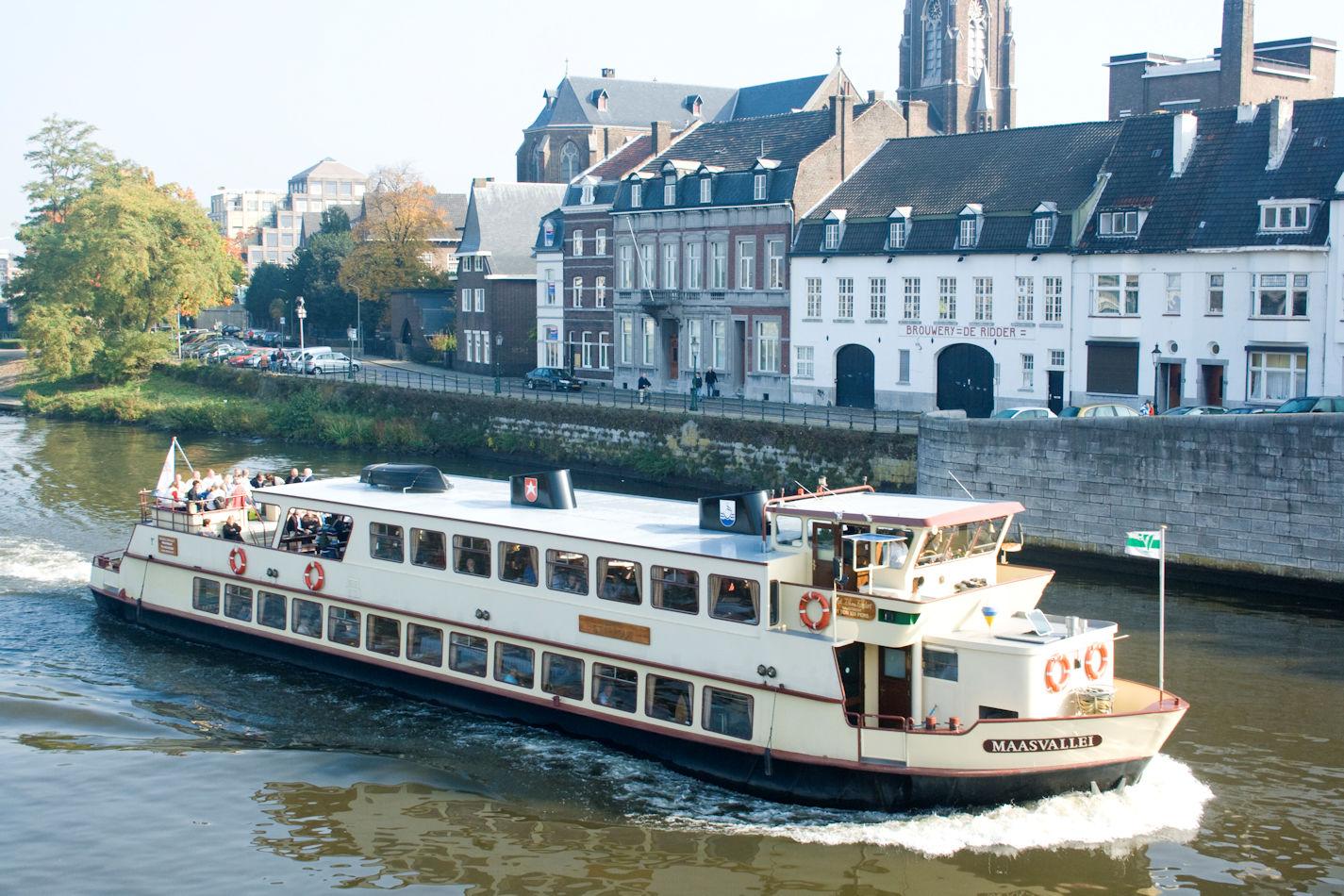 Brunchen en varen op de Maas!