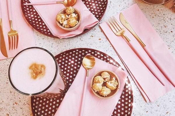 Roze koffie