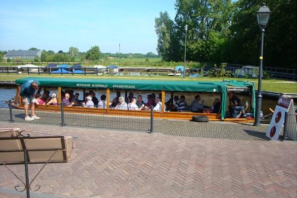 Rondvaart door Giethoorn
