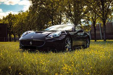 Ferrari California zwart