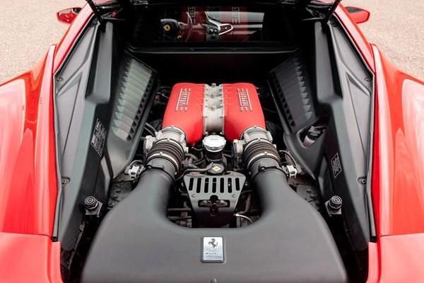 Motor Ferrari F458